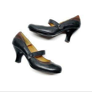 ❤️ SOFFT Two-Tone Mary Janes Leather Heels Strap